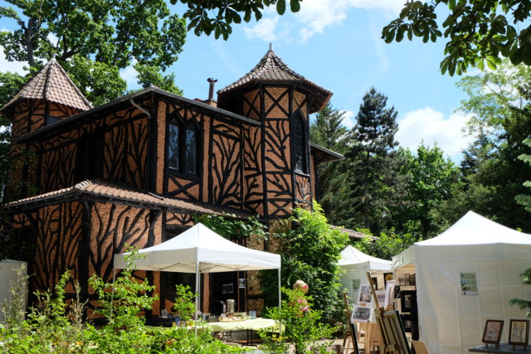 Wood Cottage : Arts au Jardin
