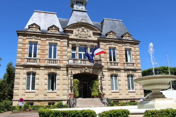 Coordonnées et horaires de la mairie et des services